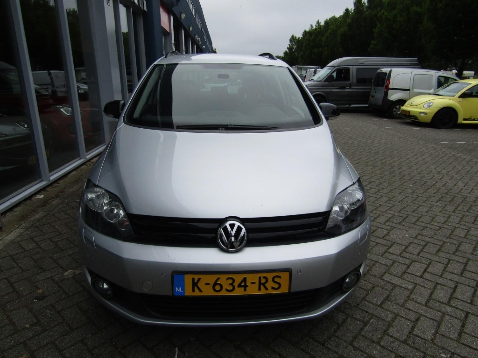 Volkswagen-Golf Plus-3