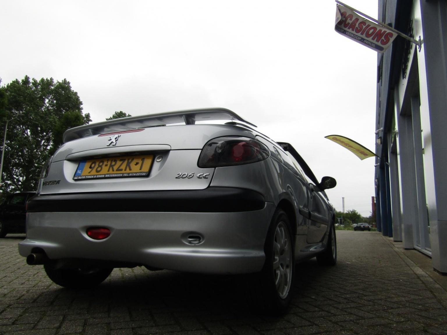 Peugeot-206-13