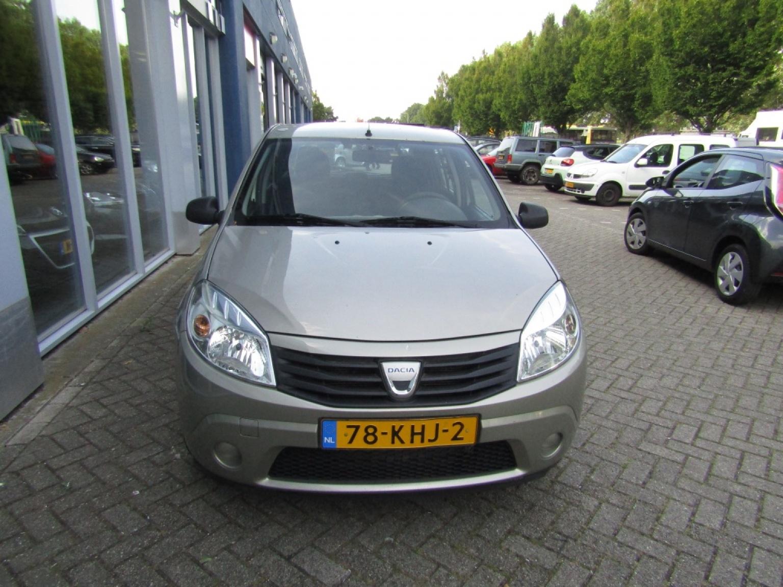 Dacia-Sandero-3