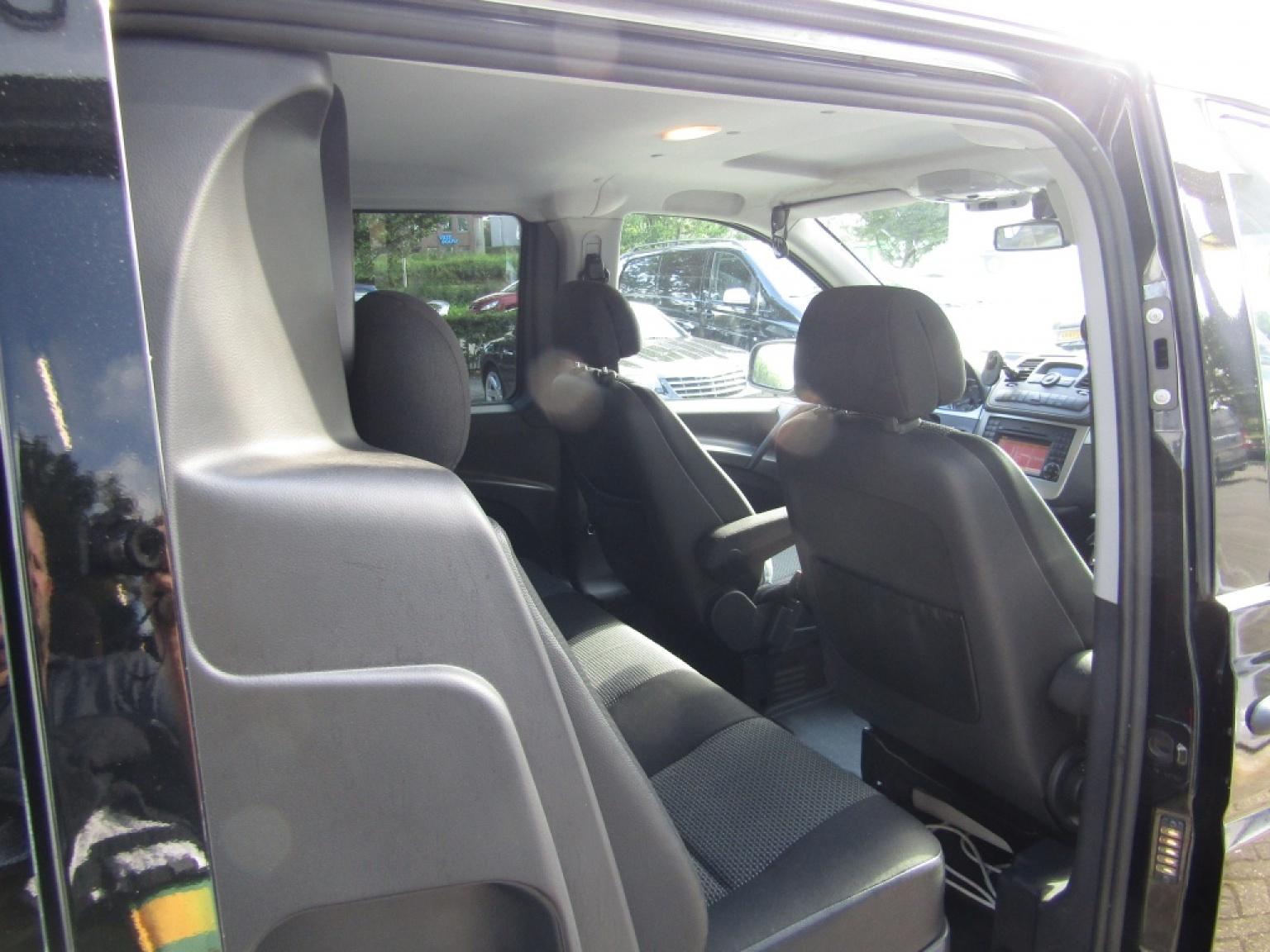 Mercedes-Benz-Vito-13