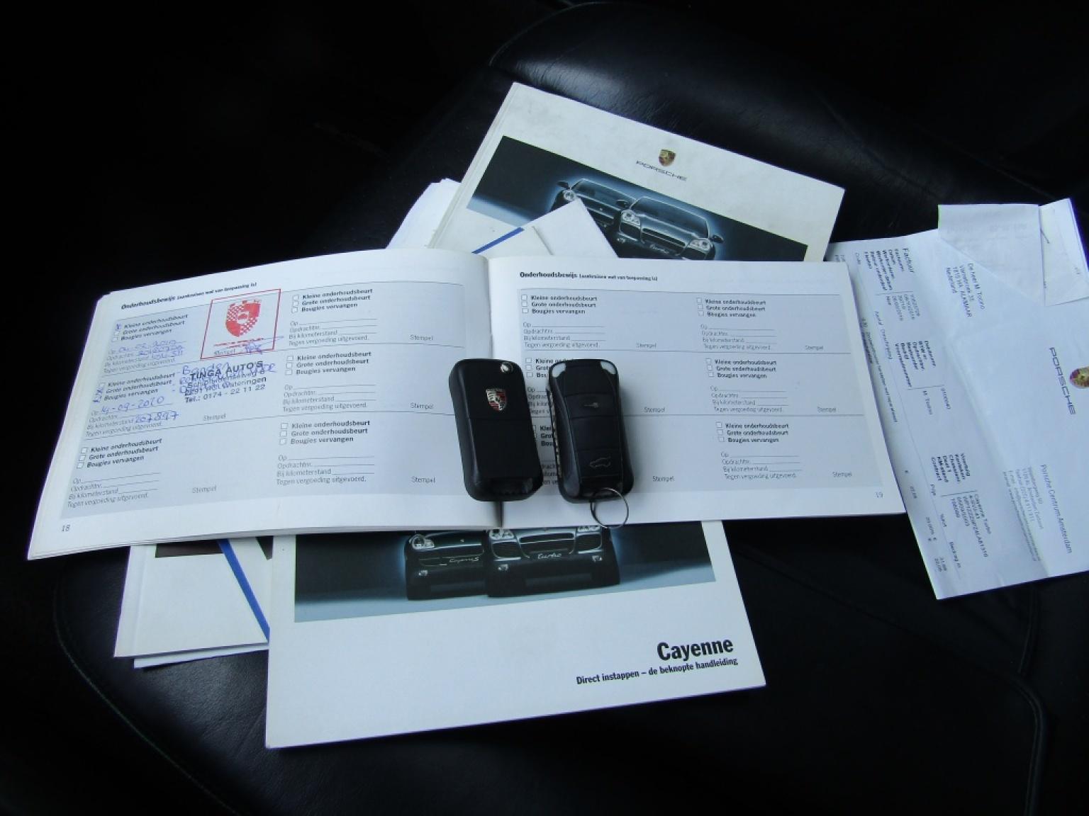 Porsche-Cayenne-12
