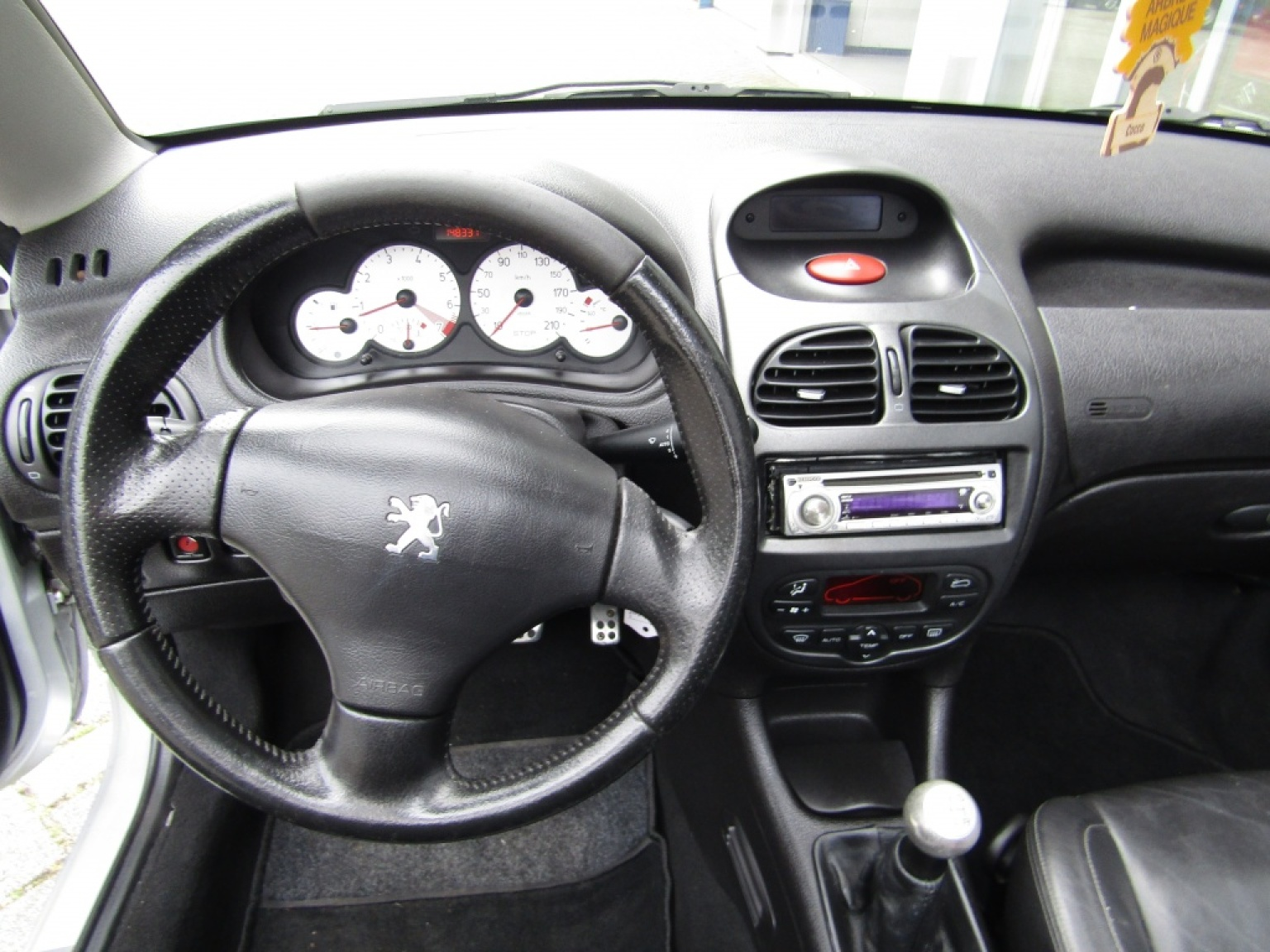 Peugeot-206-14