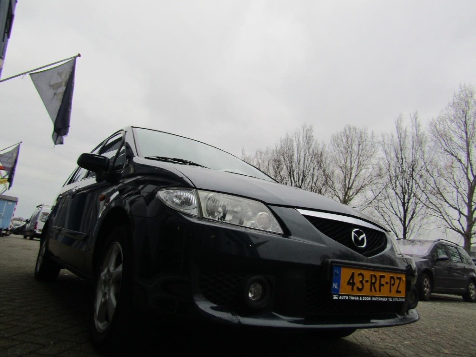 Mazda-Premacy-15