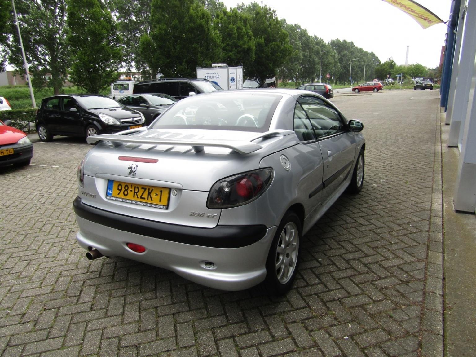 Peugeot-206-9