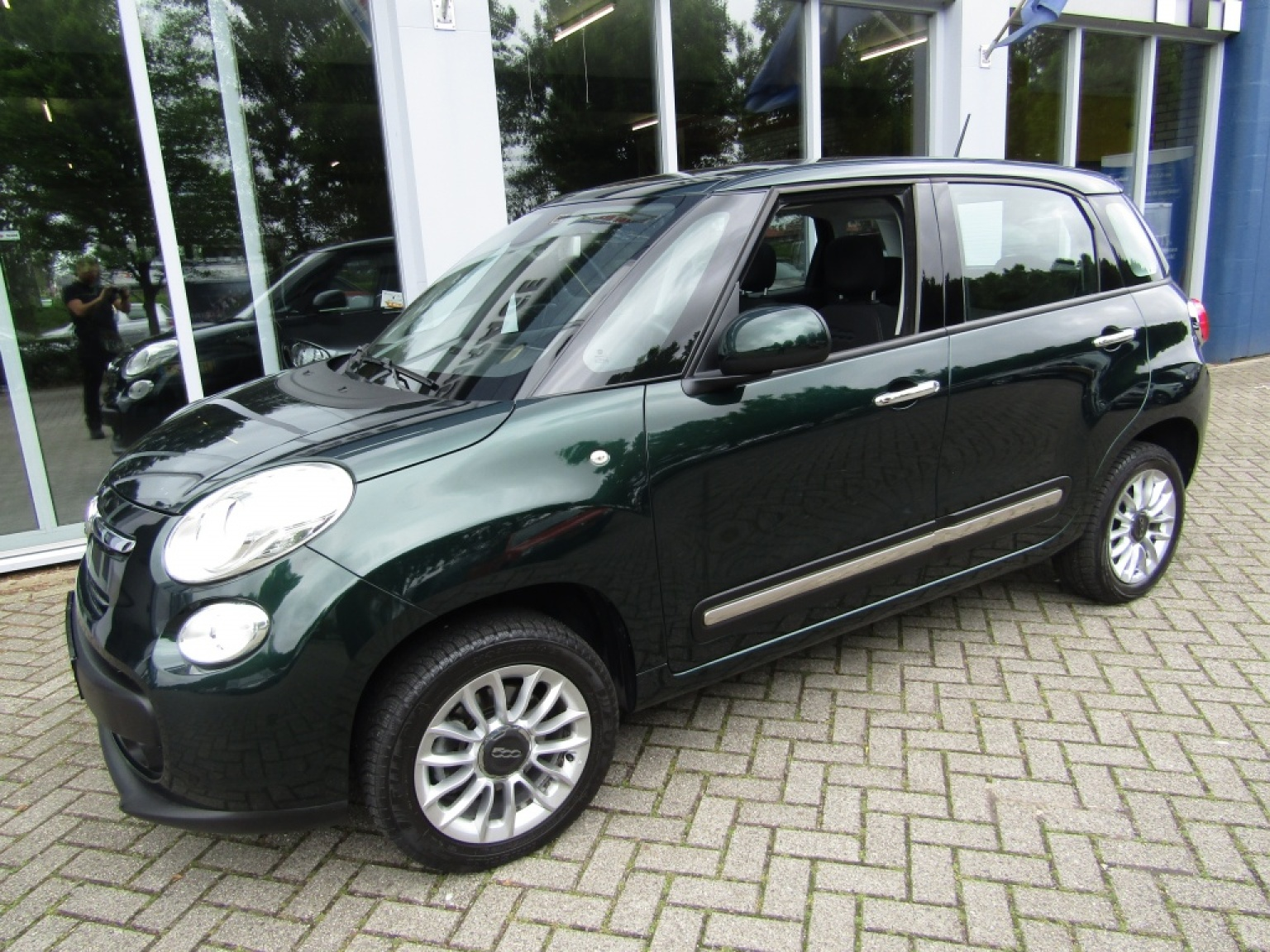 Fiat-500L-2