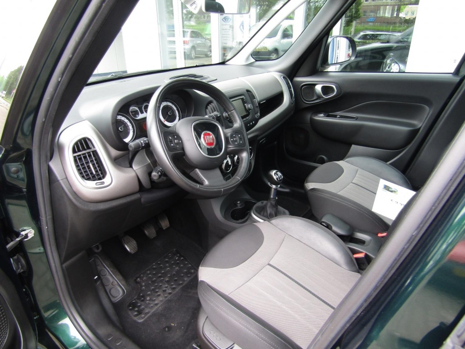 Fiat-500L-6